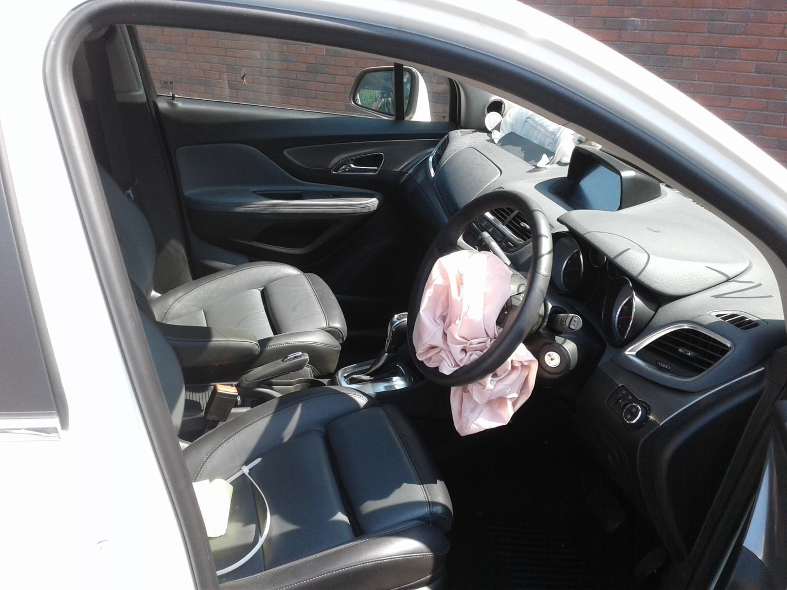 2015 Vauxhall MOKKA SE Image