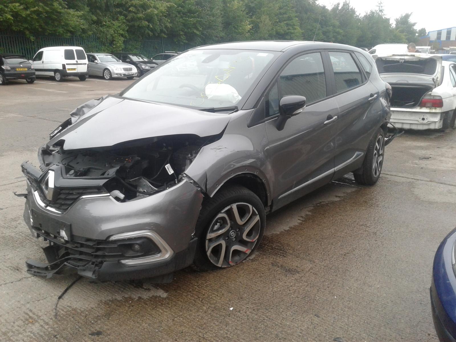 2017 Renault CAPTUR DYNAMIQUE NAV DCI Image