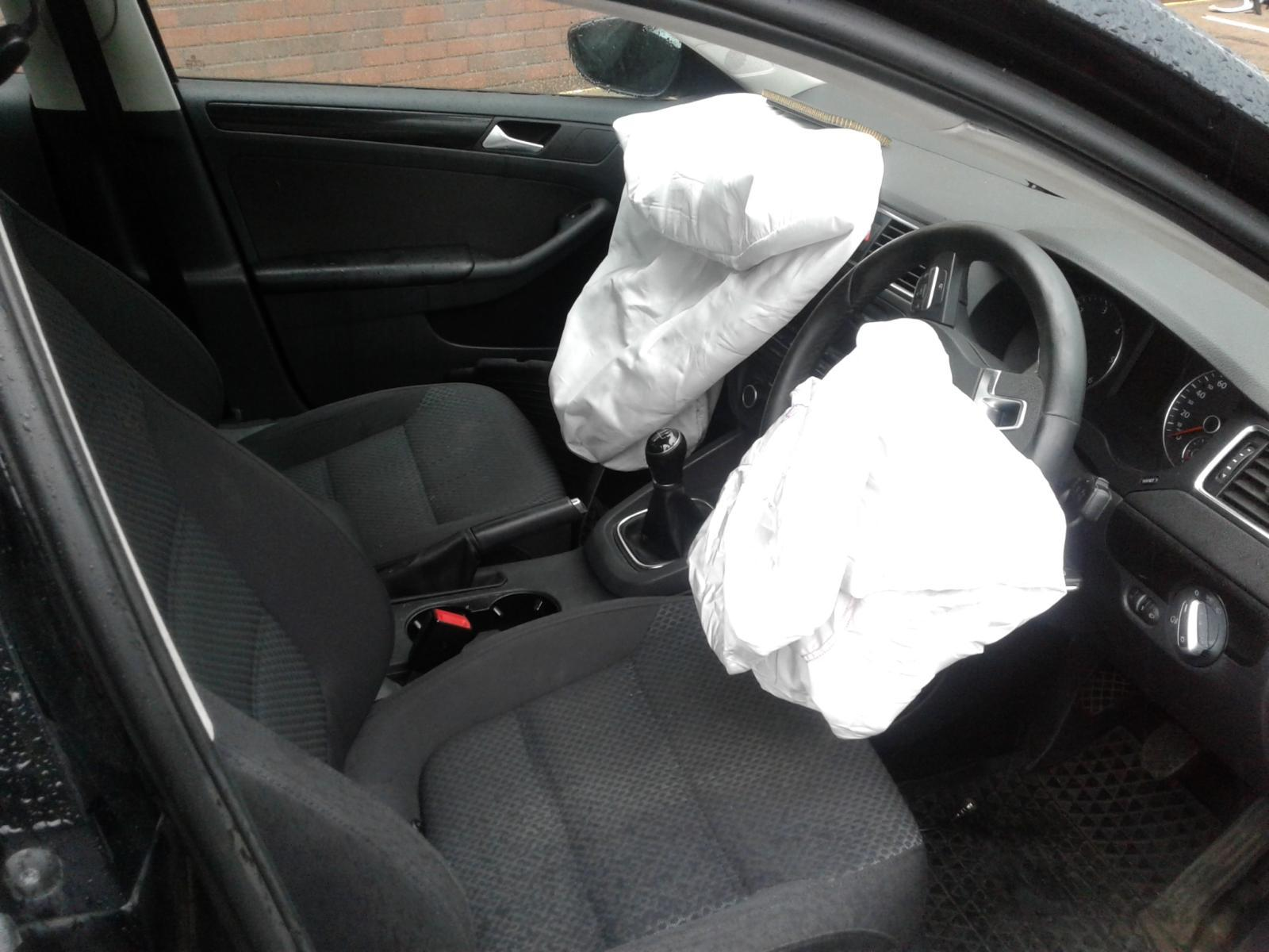 2012 Volkswagen JETTA SE TDI BLUEMOTION TECHNOLOGY Image