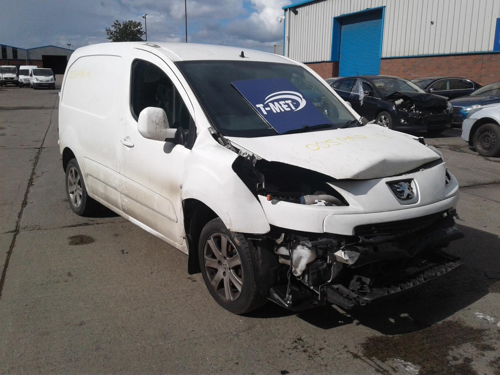 2012 Peugeot PARTNER HDI PROFESSIONAL L1 850 Image