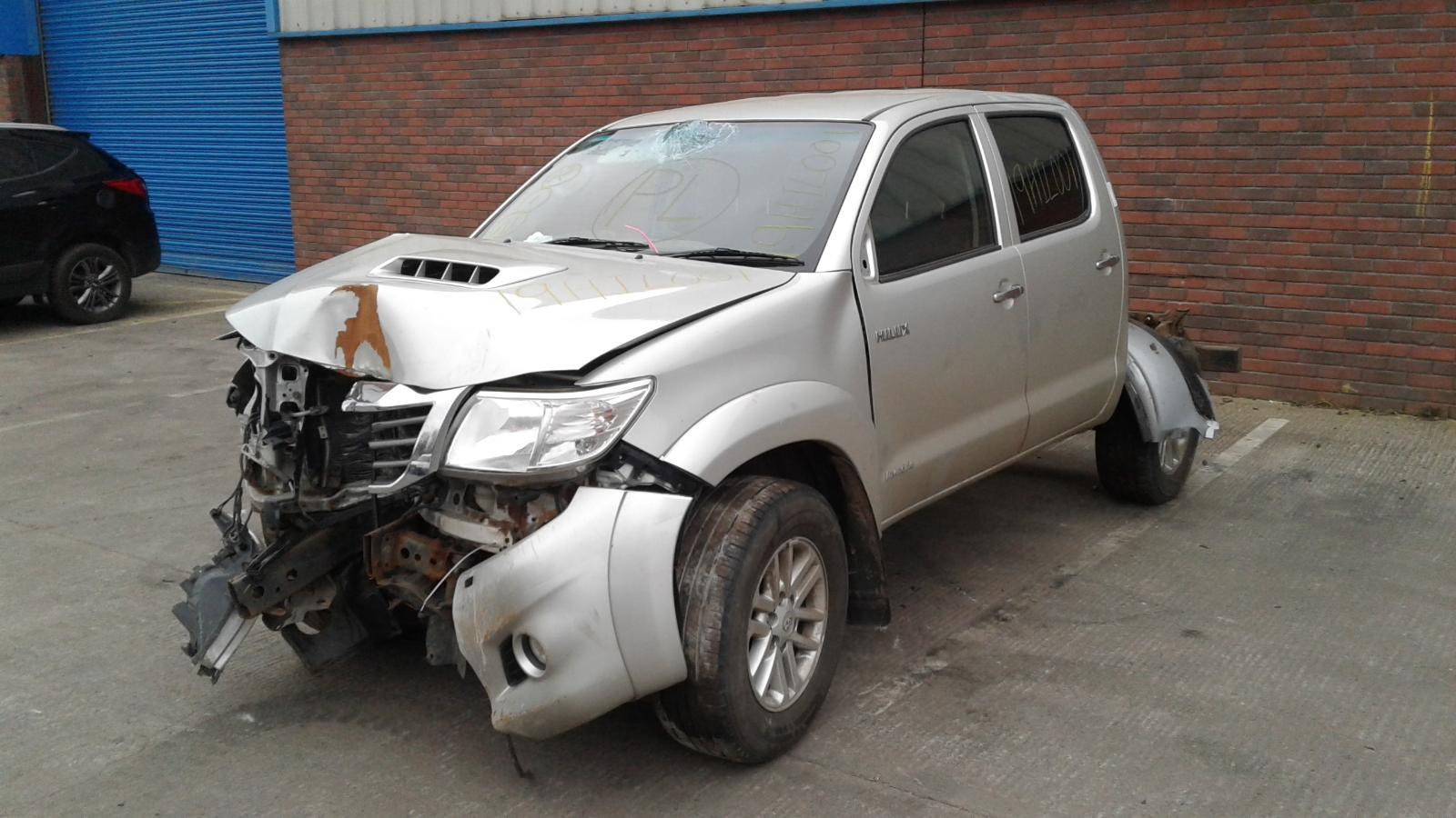 2012 TOYOTA HILUX INVINCIBLE 4X4 Image