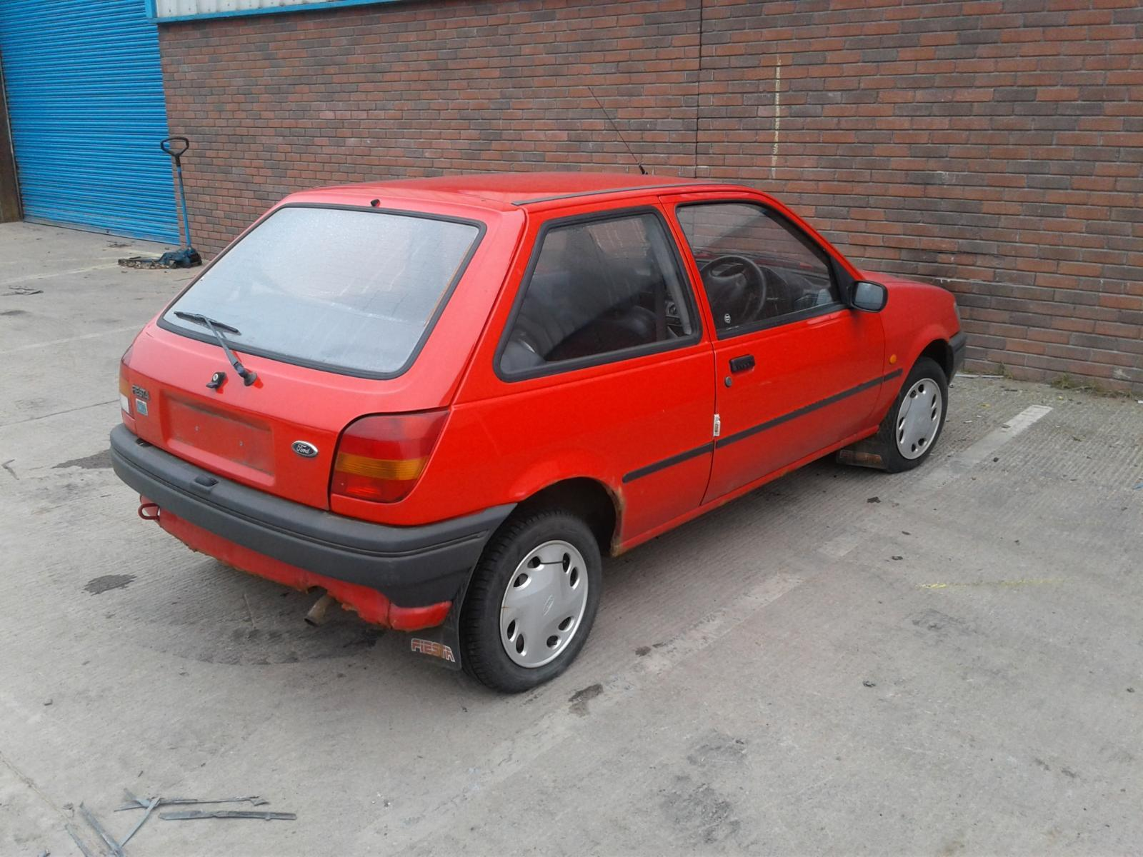 1995 FORD FIESTA Image