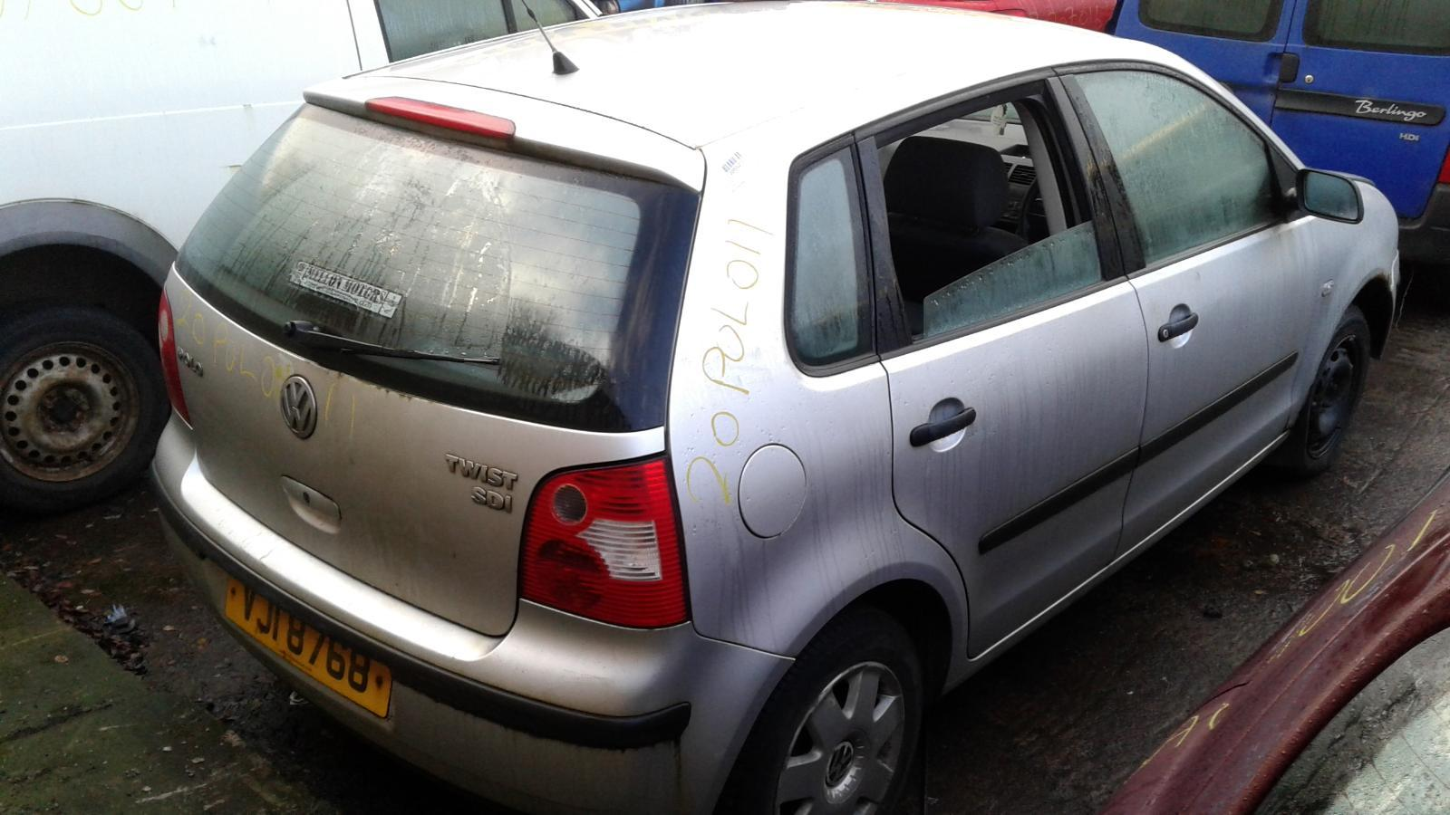 2004 VOLKSWAGEN POLO BREAKING FOR PARTS Image