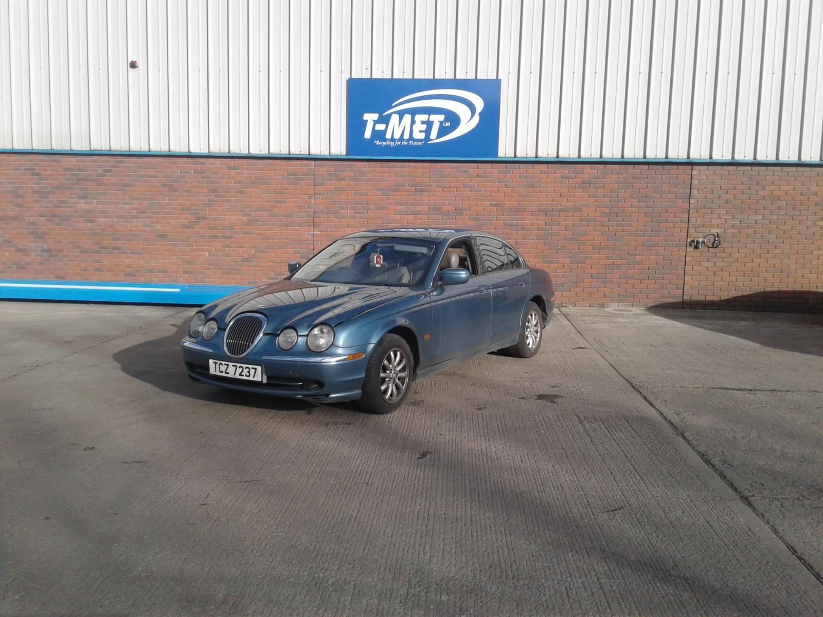 2001 Jaguar S TYPE V6 Image
