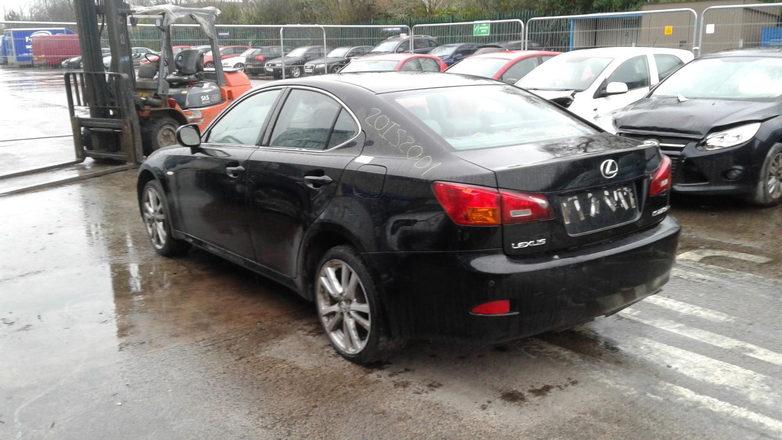 2006 LEXUS IS220 Image