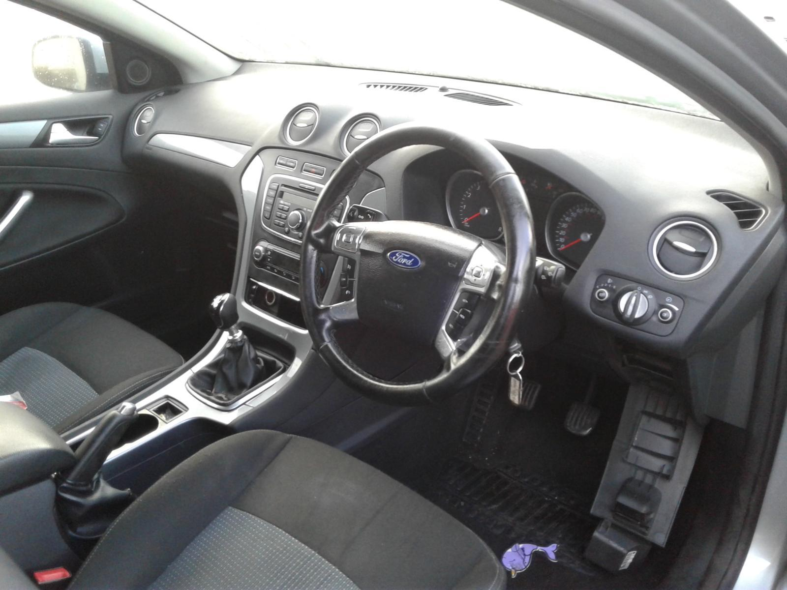 2012 FORD MONDEO Image
