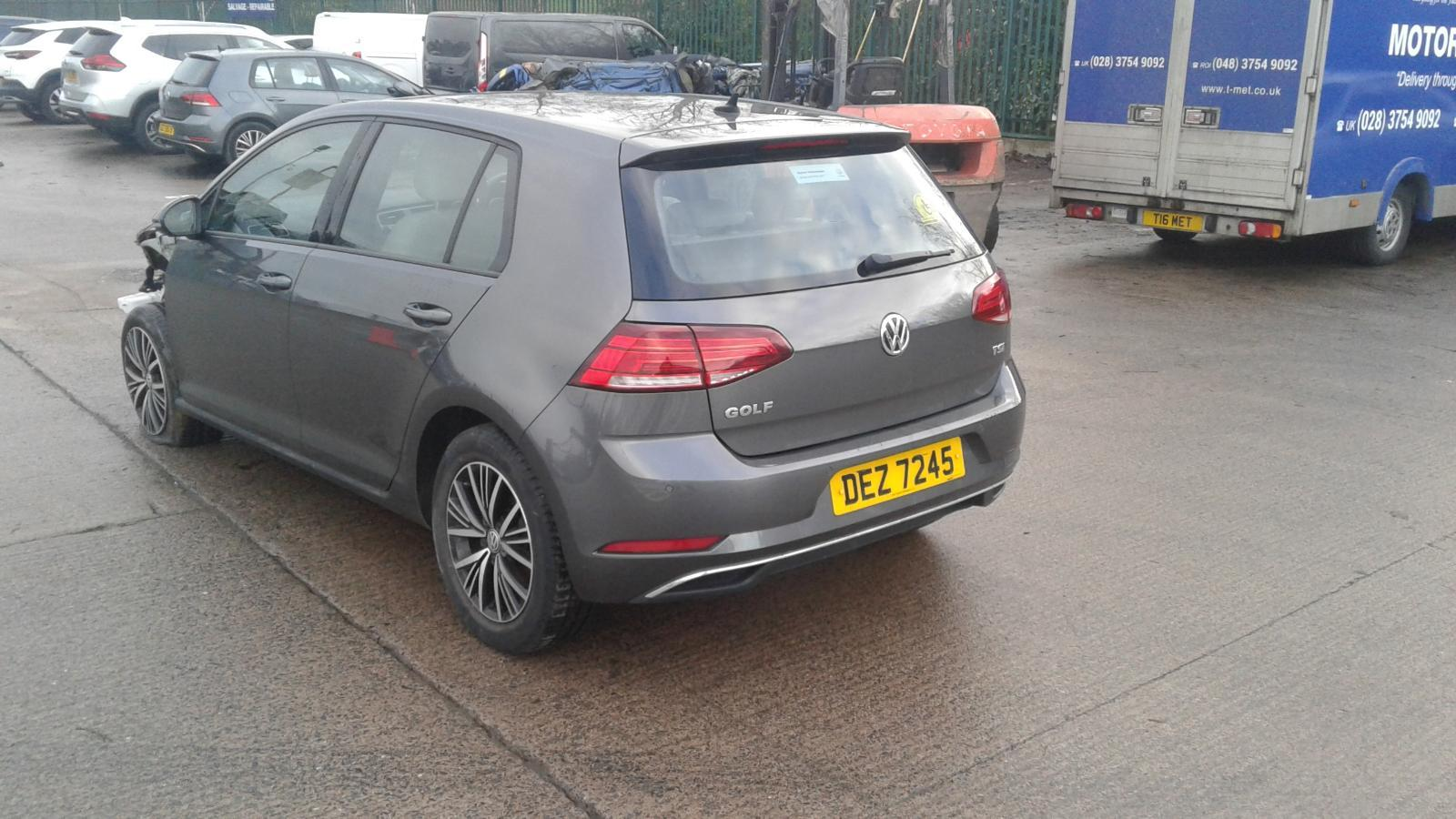 2017 VOLKSWAGEN GOLF AUTOMATIC FOR SALE £7900 ONO Image