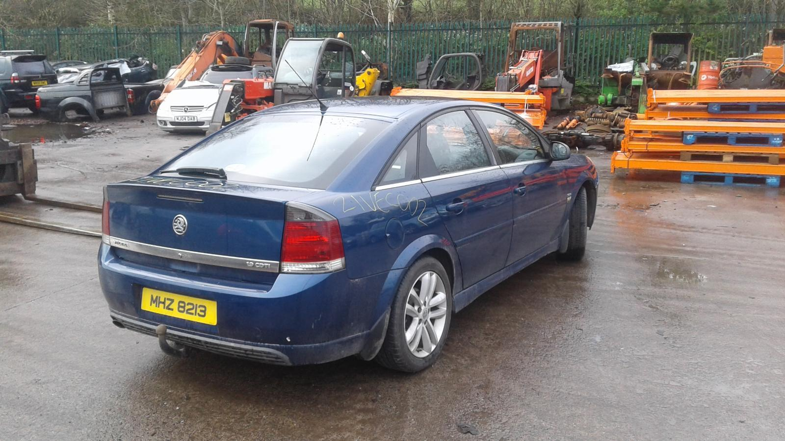 2006 OPEL VECTRA Image