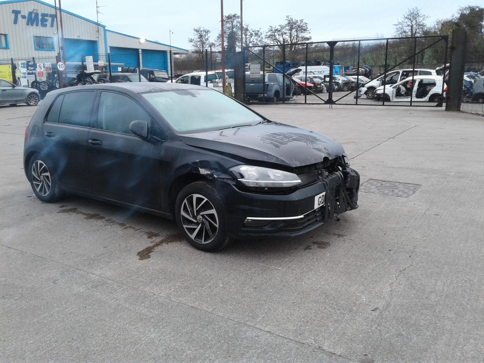 2019 VOLKSWAGEN GOLF AUTOMATIC FOR SALE Image