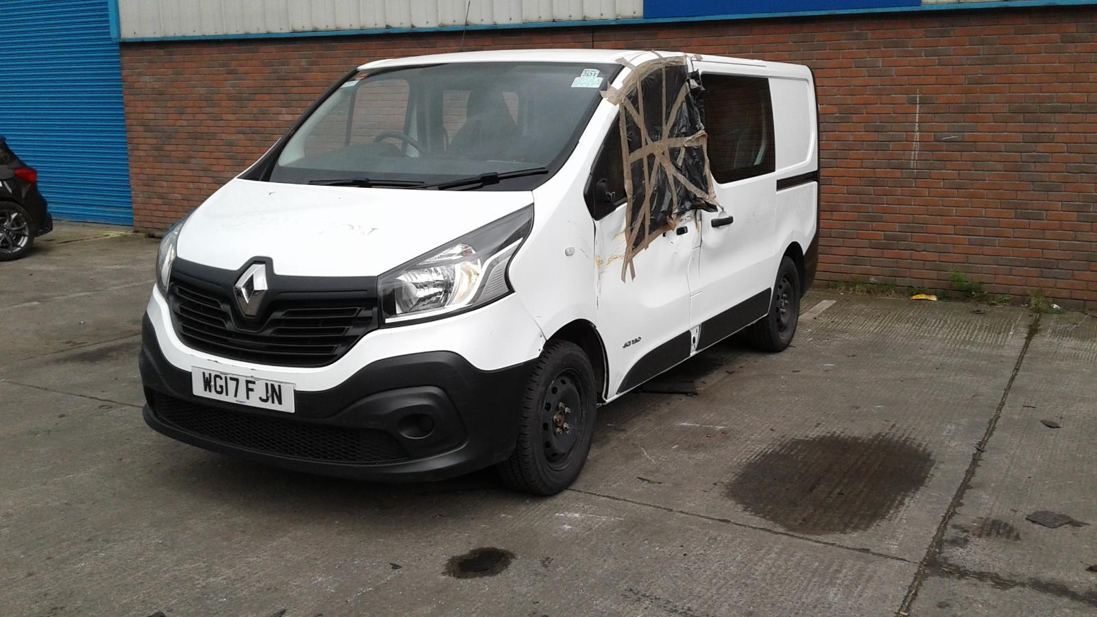 2017 RENAULT TRAFIC CREW CAB FOR SALE £8000 ONO Image